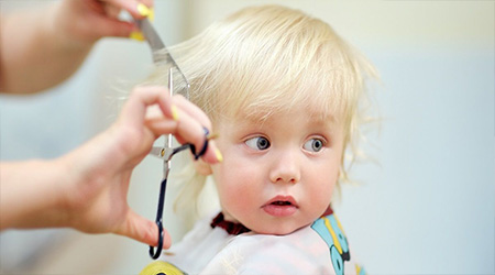 چه کنیم بچه ها از آرایشگاه رفتن نترسند؟