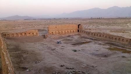یکی دیگر از عمارات تاریخی شهرکرد، قلعه شمسآباد است