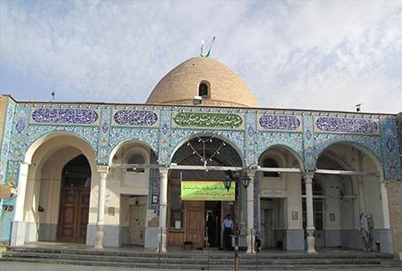 یکی از اماکن مذهبی و تاریخی شهرکرد، بارگاه امامزاده حلیمه و حکیمه خاتون است