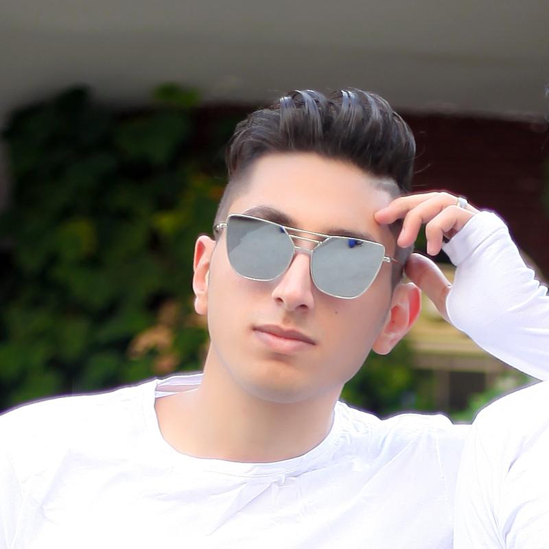 علیرضا منصوری